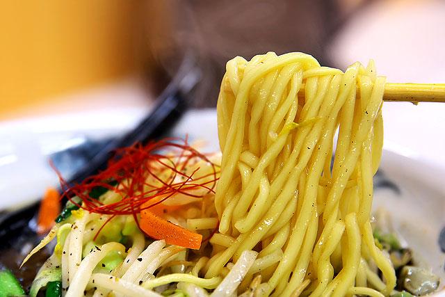 いち瑠-麺2.jpg
