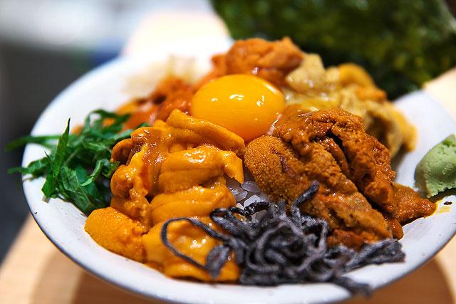 うに虎喰-食べ比べ丼2.jpg