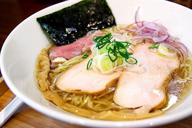 すずむし-潮らぁ麺2.jpg