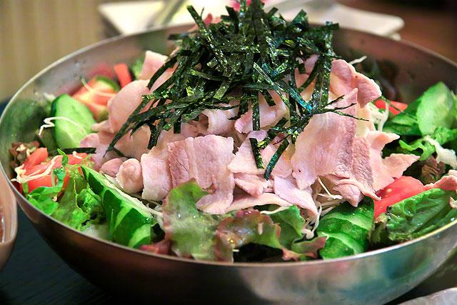 せんぬき屋-豚しゃぶサラダ2.jpg