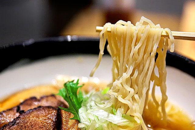 はまの-麺2.jpg