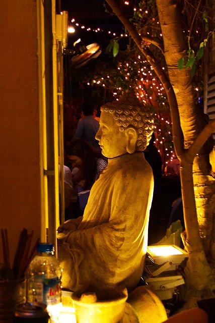 シークレットガーデン-仏像2.jpg