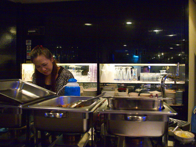 タムバヤン-厨房.jpg