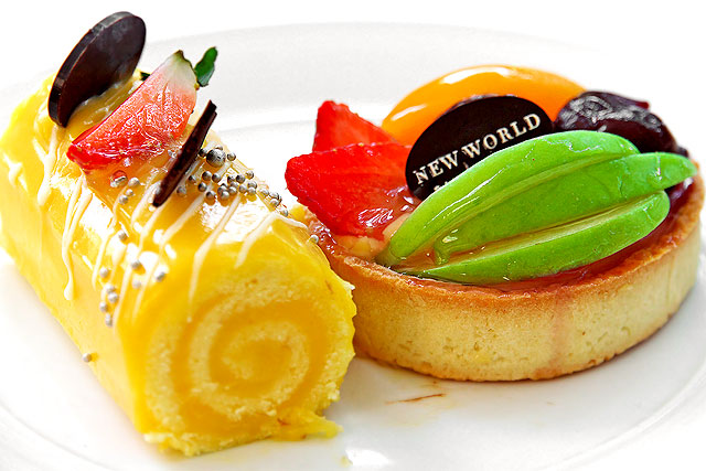 ニューワールド-ケーキ2.jpg