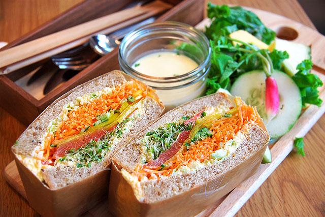 ノースショア-サンドイッチ2.jpg