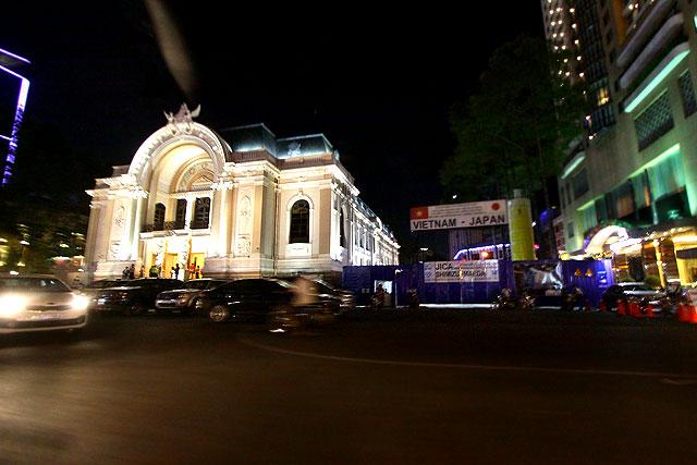 ベトナム-夜の街03-2.jpg