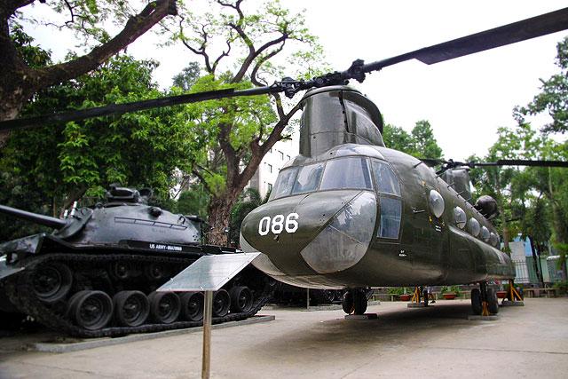 ベトナム-昼の街22-2.jpg