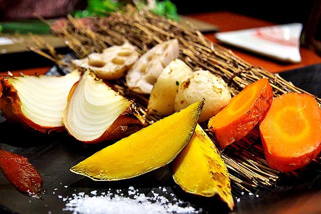 一承-九州野菜の炉端焼き2.jpg