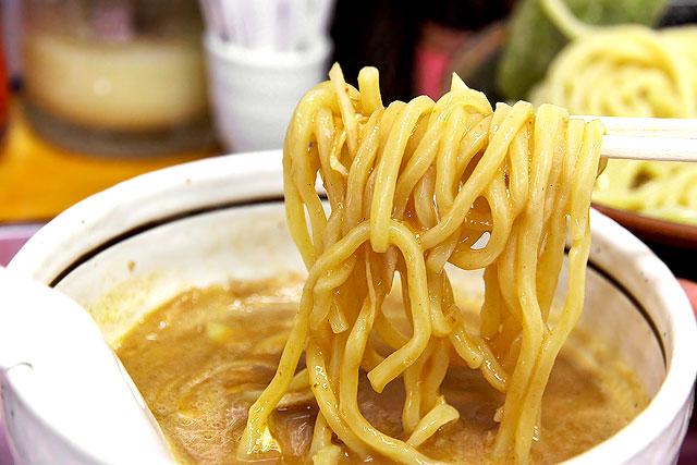 六根-もりそばスープ2.jpg