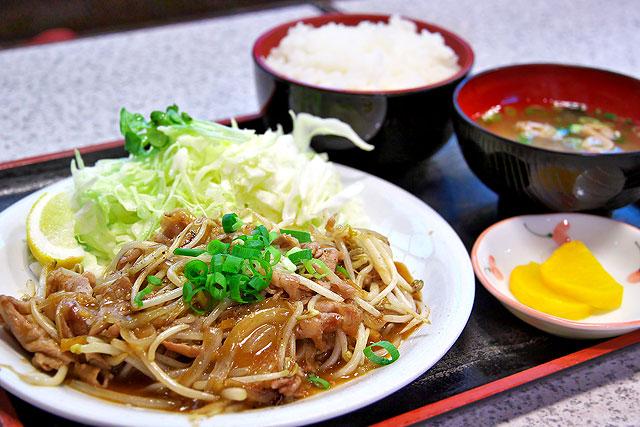 川裕-生姜焼き定食2.jpg