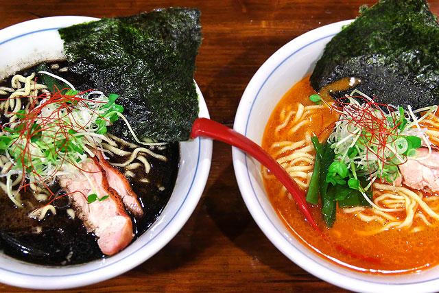 欽山製麺所-赤と黒2.jpg