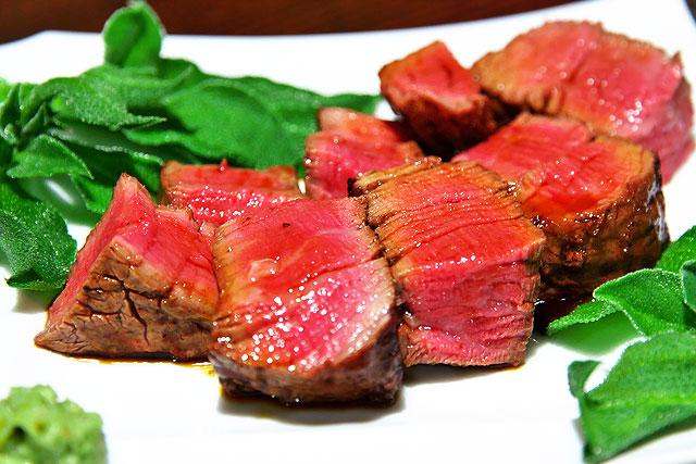 肉山-シャトーブリアン2.jpg