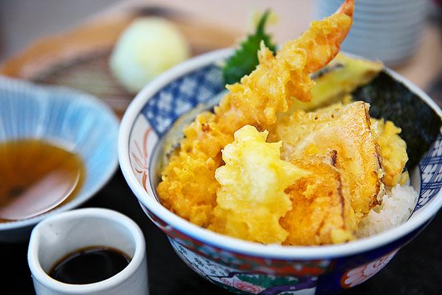 あさ山-天丼2.jpg