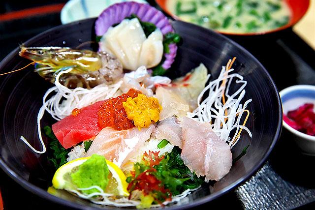 うずしお-上海鮮丼2.jpg