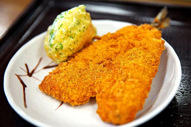 こがね製麺所-アジフライ2.jpg