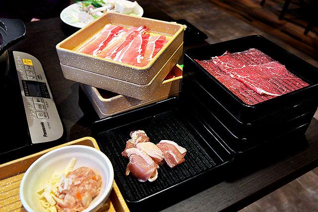 しゃぶ葉-肉2.jpg