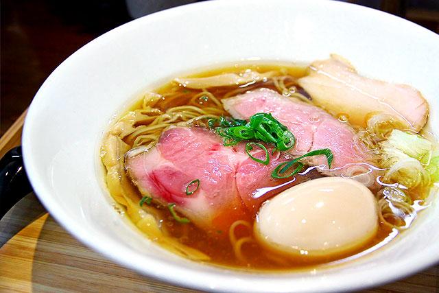 すずむし-煮干し醤油らぁ麺2.jpg