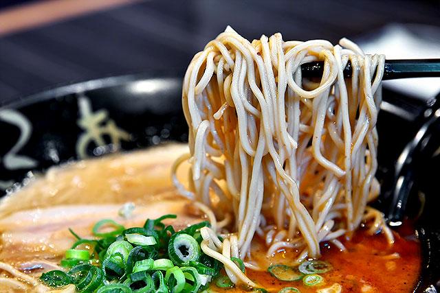 ろくの家-麺2.jpg