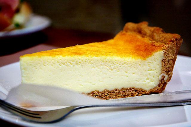 カフェカニワシ-チーズケーキ2.jpg