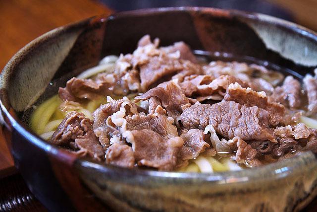 マルタツ-肉うどん2.jpg