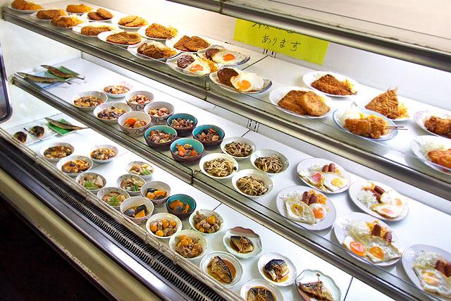 市場食堂-おかず2.jpg