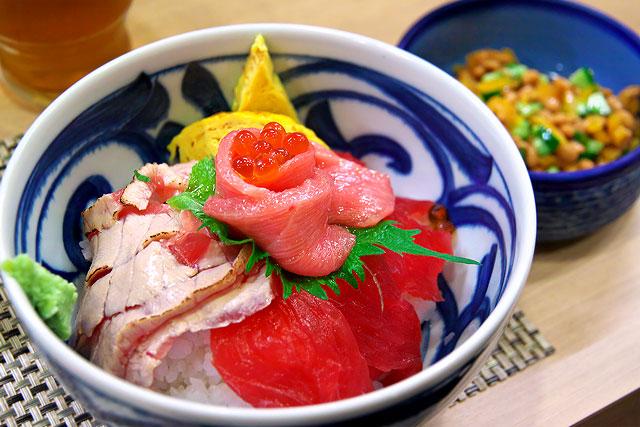 板次郎-マグロ丼2.jpg