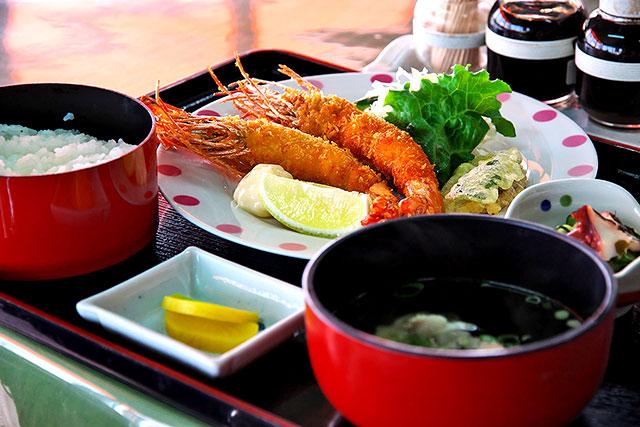 海鮮食堂_ジャンボ大海老フライ定食2.jpg