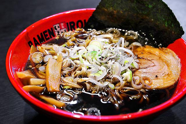 麺家いろは-富山ブラック2.jpg