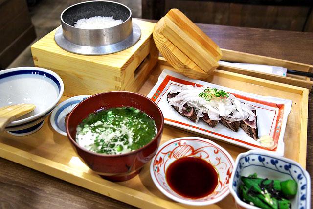 龍神丸-かつおタタキ定食2.jpg