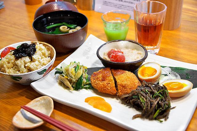 SOHSOH-お野菜たっぷり玄米定食2.jpg